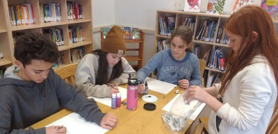 Middle School drawing students [click image to see entire picture]