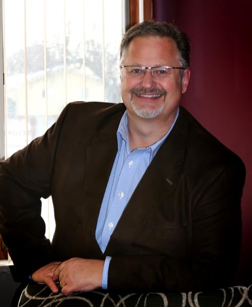 Pastor Brad Hoefs