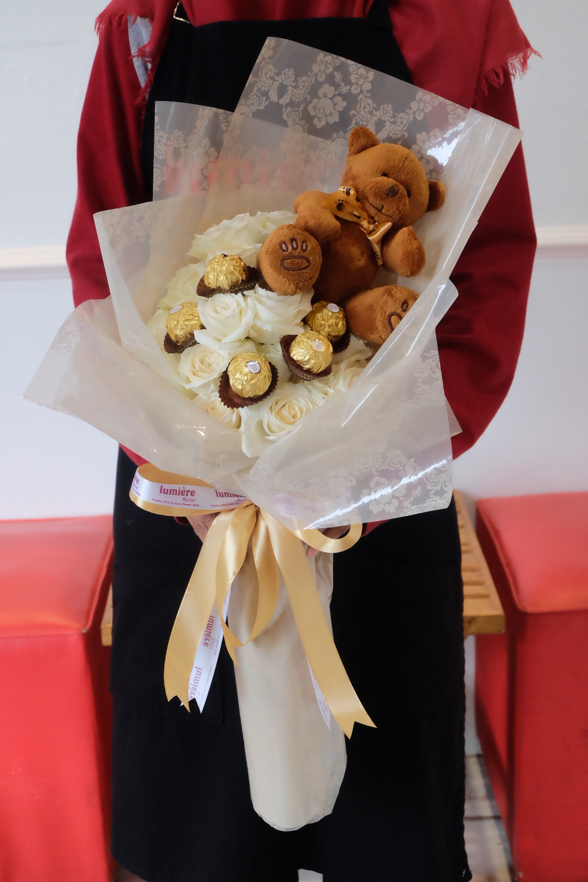 Lovely Rose Bouquet with Ferrero & Teddy