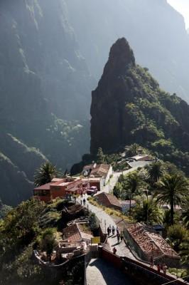 Hiking Masca Mountains
