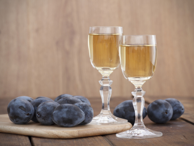 Make your own Plum Brandy