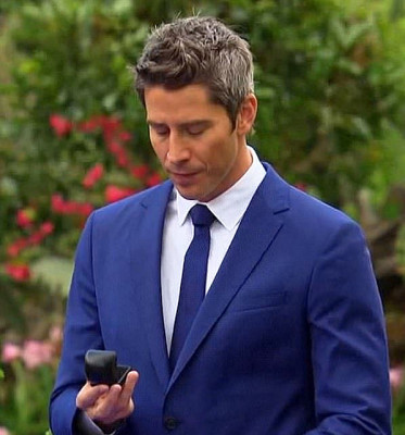 The Major Obstacle The Bachelor Faces In  Finding Love