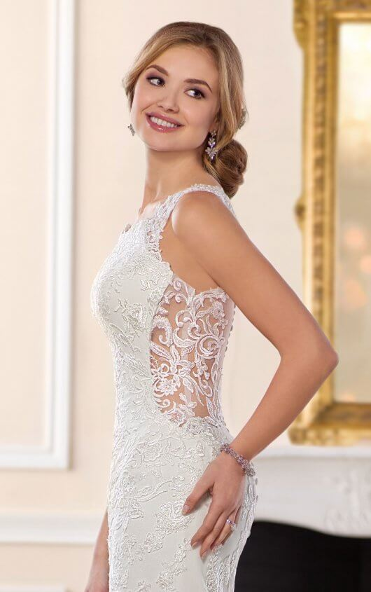 Sexy Side cut outs offered by Stella York 6500