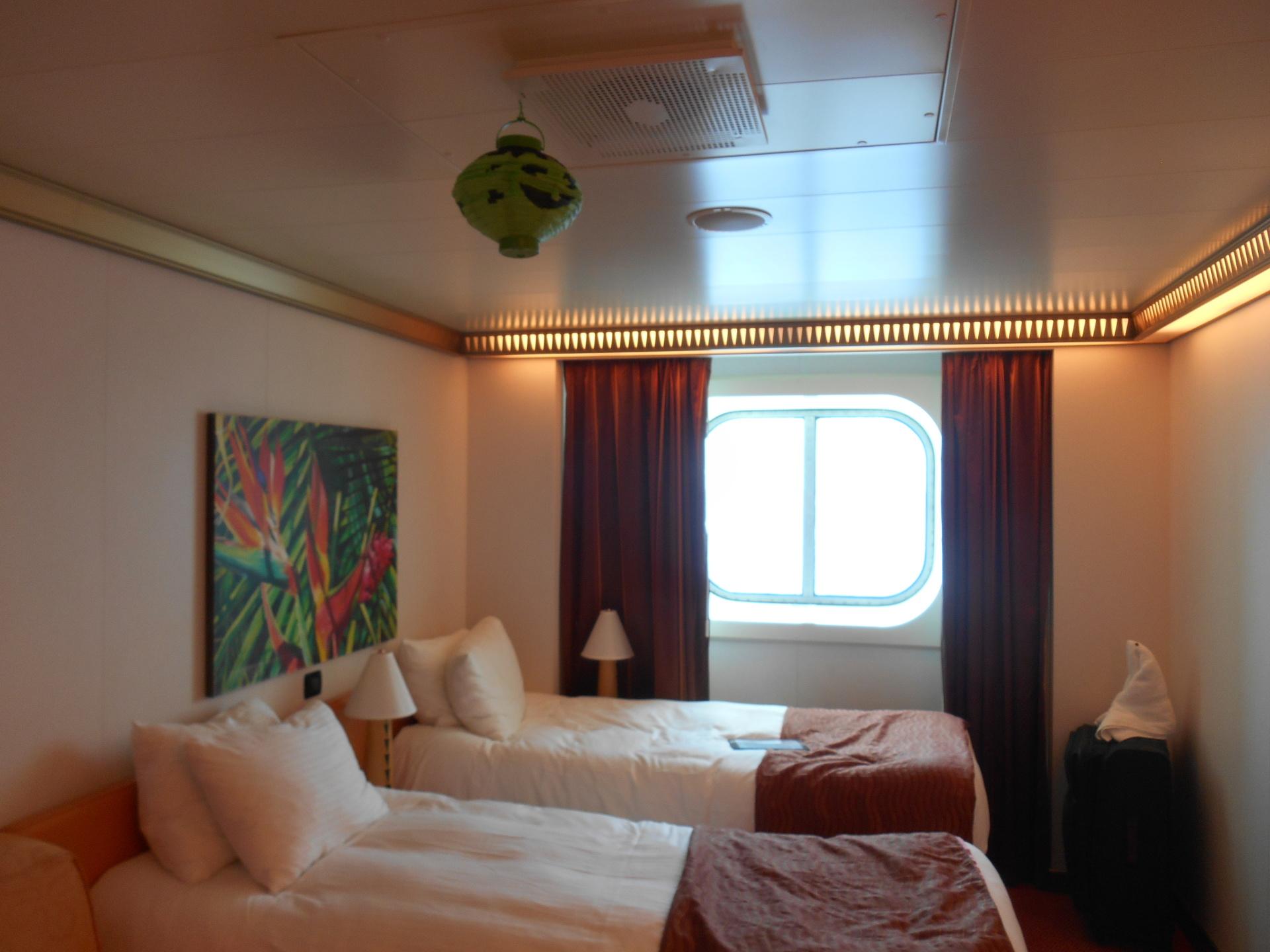 Carnival magic, deluxe ocean view cabin