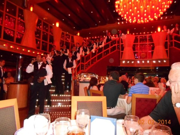 Carnival dream dining