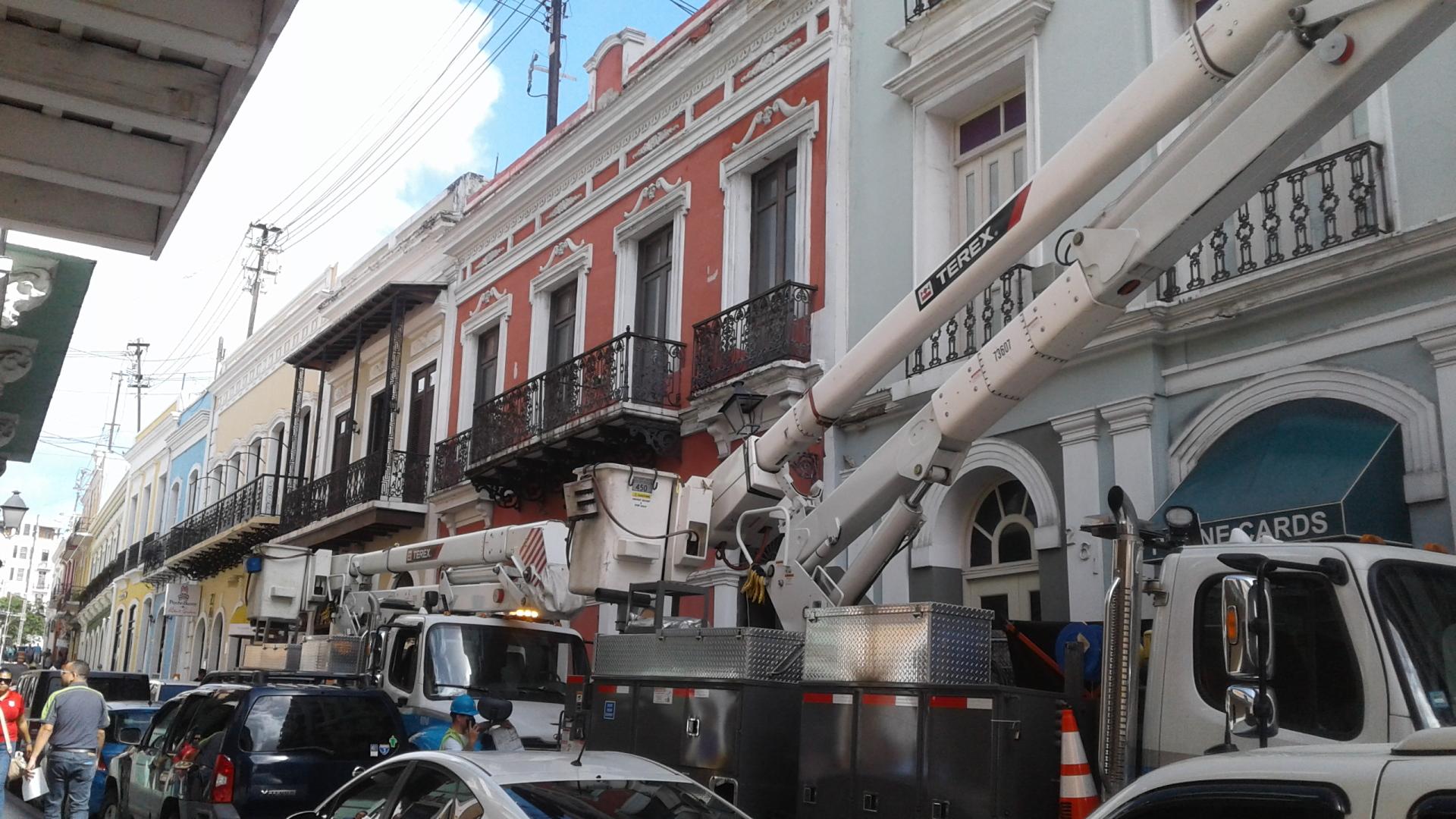 Con Edison Trucks in Puerto Rico