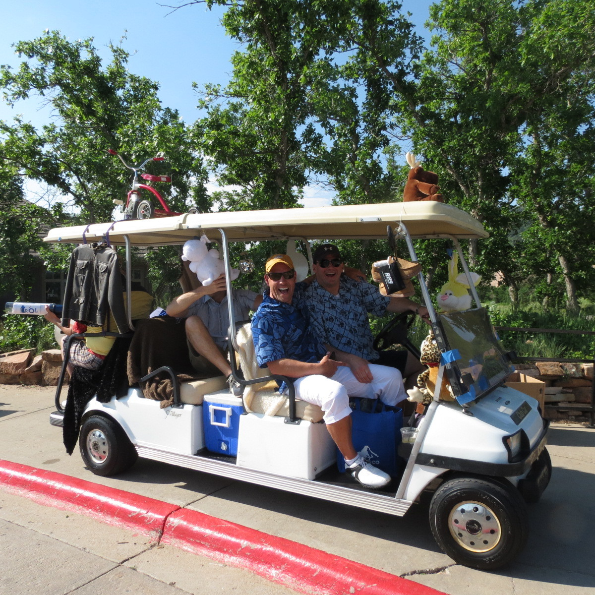 A custom decorated cart to fit the tourney theme, specially crafted for our primary sponsors