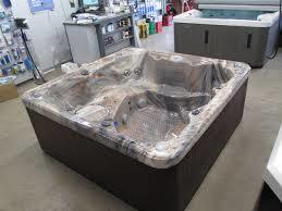 THE 425 HOT TUB