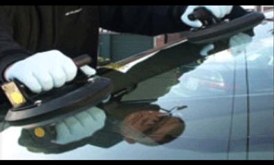 auto glass repair in Chatsworth CA.