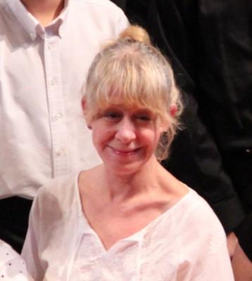 Denise Chividian, violinist