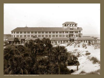 SV-115 Hotel Tybee