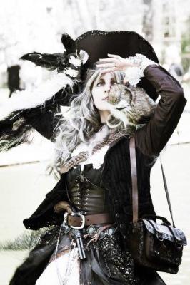 PIR-113 Woman Pirate