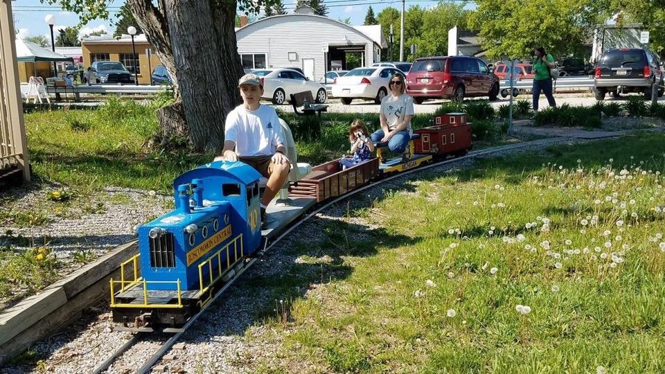 7 1/2 gauge Ride on Railroad
