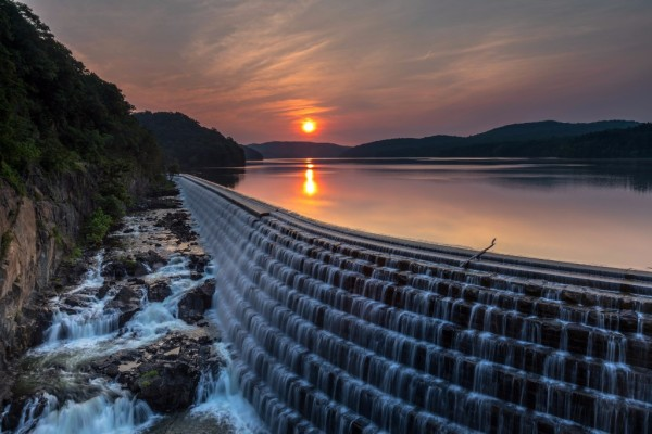 Croton Dam during a summer sunrise