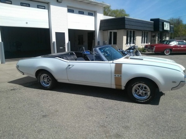 68 OLDS 442 CONVERTIBLE