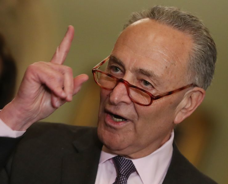 d511dfb88ab4 US Sen. Schumer asks FBI, FTC to probe Russia's FaceApp over security  concerns