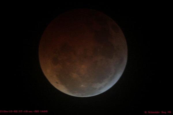 Lunar Eclipse 8 Dec 2010