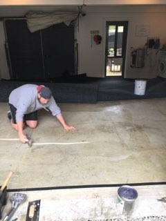 How to install garage carpet