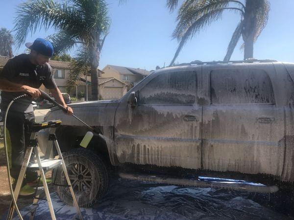 Chevy Avalanche Washing Foam