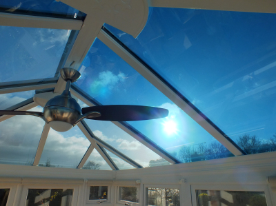 Active glass roofs