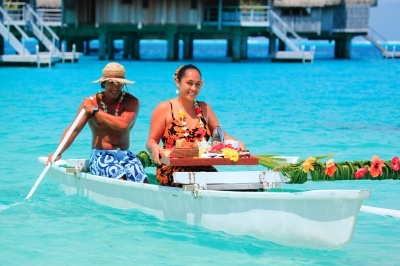 Traditional room service in Tahiti