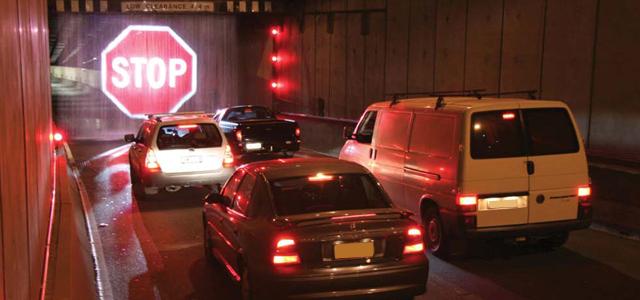 Επιτυχημένες επιχειρηματικές ιδέες: Εικονική σήμανση σταματά τους οδηγούς!