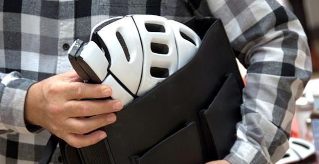 Επιχειρηματικές ιδέες: Ποδηλατικό κράνος διπλώνει και μπαίνει στην τσάντα!