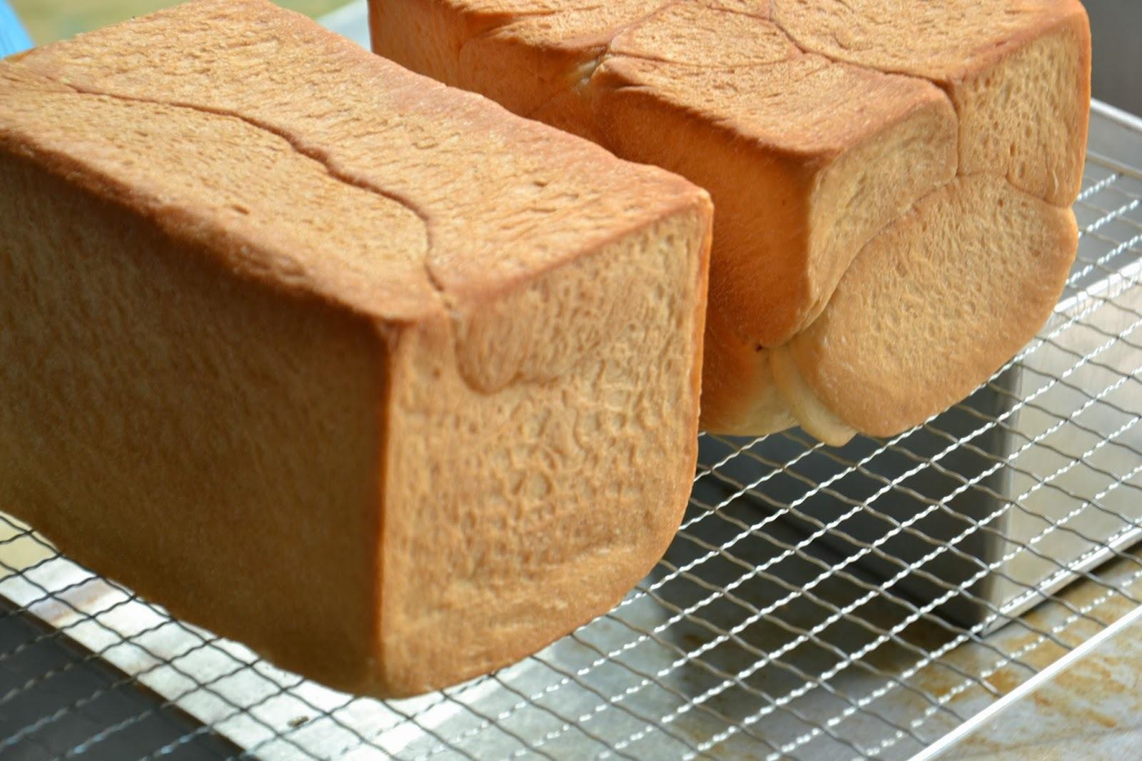 Cách làm bánh mì gối bằng lò vi sóng đúng chuẩn