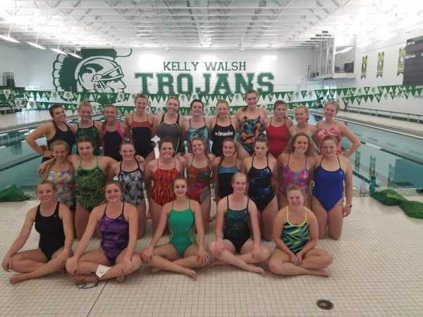 Girls Swim Pre-Meet Team Bonding