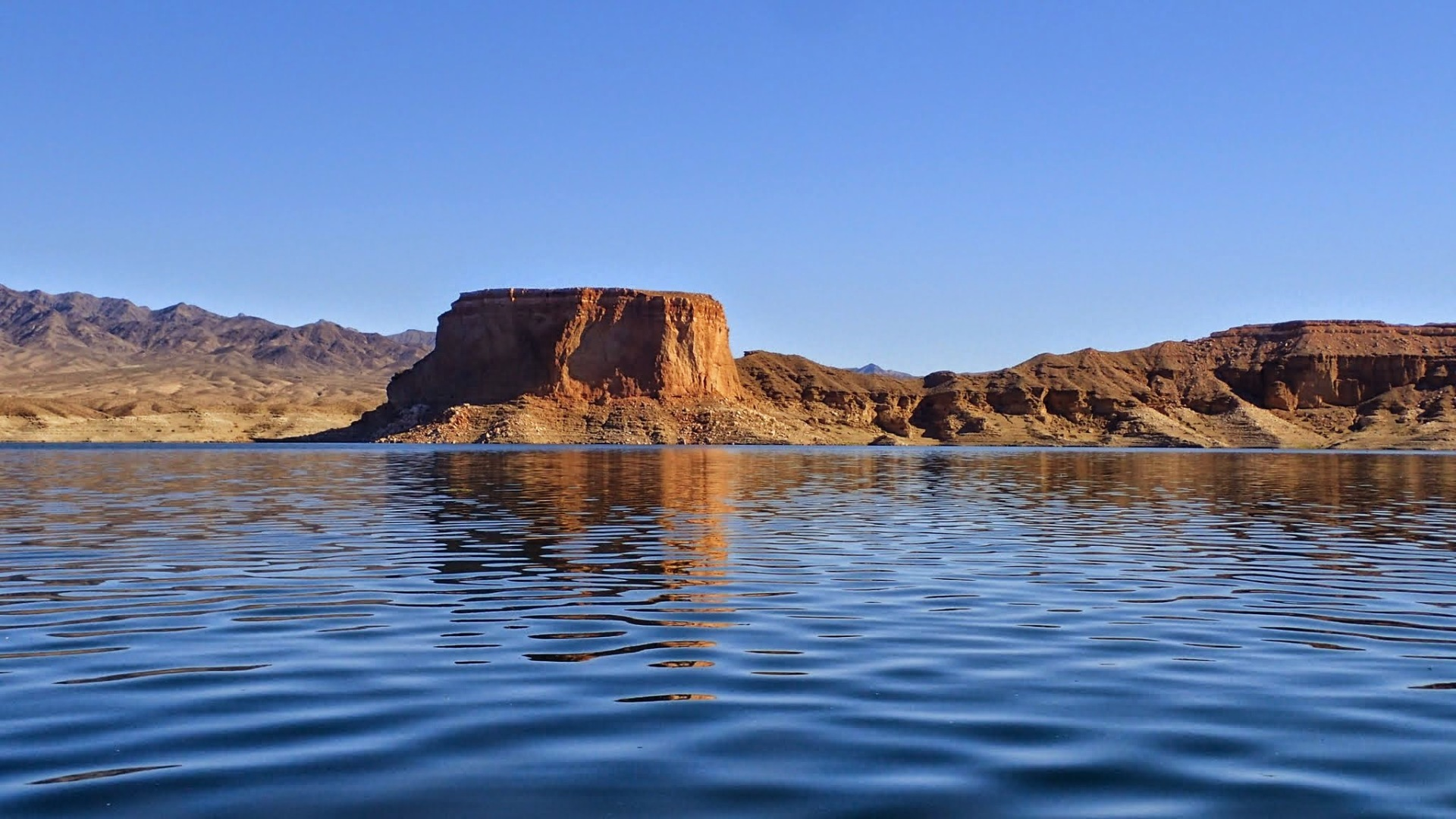 A kayak trip to The Temple with Kayak Lake Mead