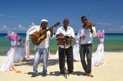 Festival in Paradise