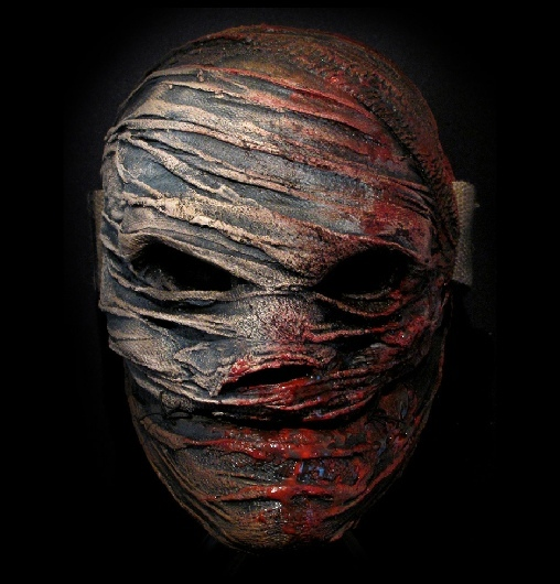 Psychology of Horror - Why Killers Wear Masks