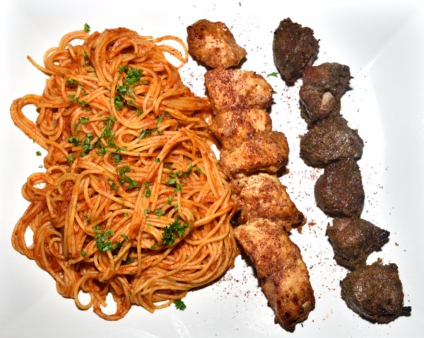 Meat skewers with Spaghetti
