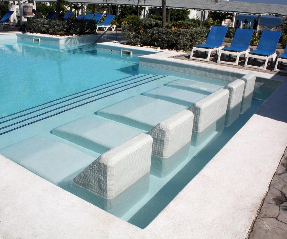 grand-palladium-pool-jam