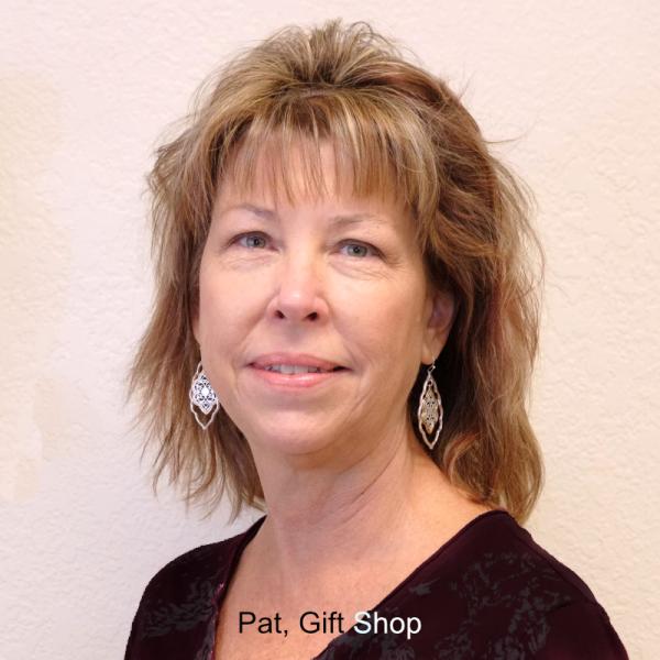 Pat, Gift Shop
