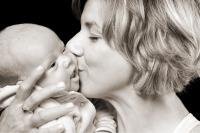 Portrét miminka s maminkou.