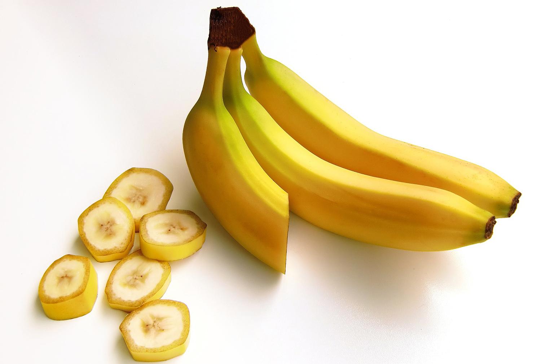 sliced-banana-pieces