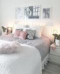Large modern bedrooms perceived light room