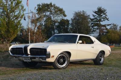 Neal's White 1970 XR-7