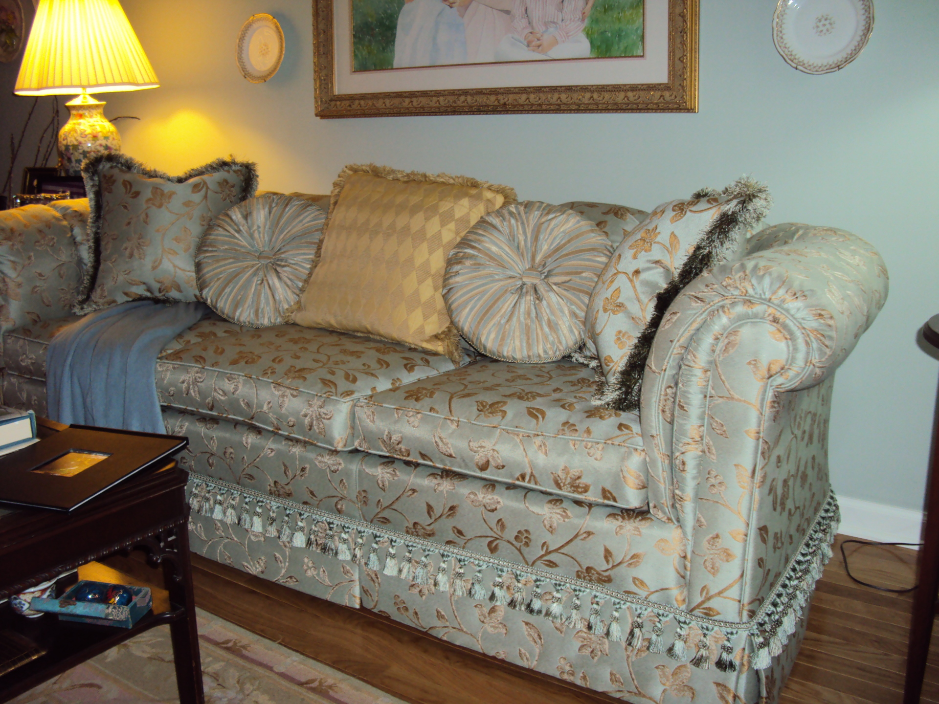Sofa upholstered with comfort and style