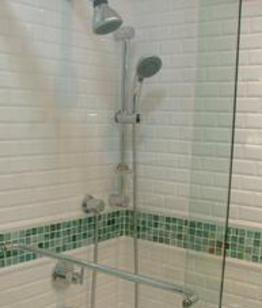 We offer complete plumbing services and fixtures for bathroom remodeling with tub to shower makeovers and conversions in Sarasota, Venice, Longboat Key, Siesta Key, Lakewood Ranch, Bradenton, Nokomis, Osprey, Englewood, in your are, in my area, Florida.