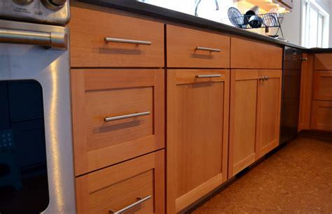Start your Kitchen makeover with Custom Kitchen Cabinets from James Anderson LLC. In Sarasota and Venice Florida.