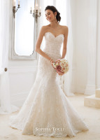 Strapless lace mermaid bridal dress