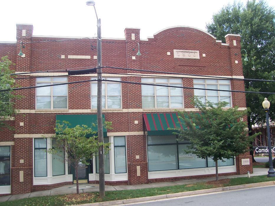 1800 Camden - Suite 106