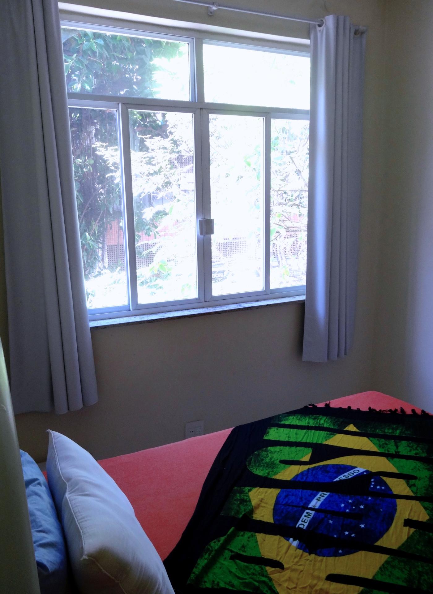 Quarto 2 / Room 2