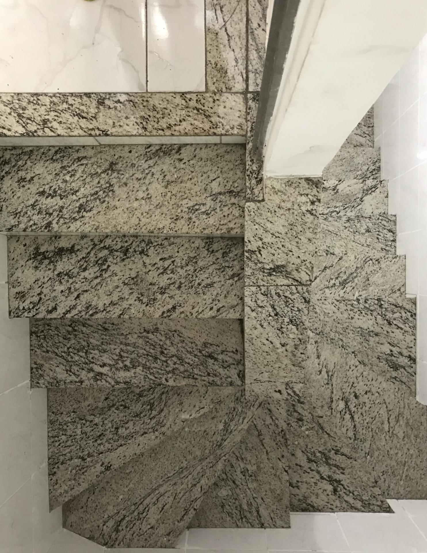 Escada de acesso granito / Granit stairs