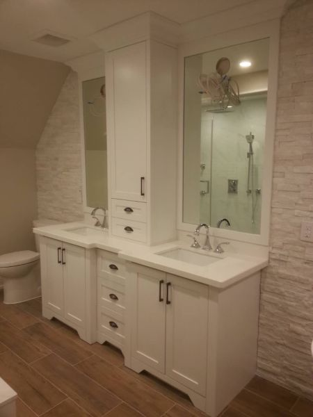 Custom vanity with upper unit