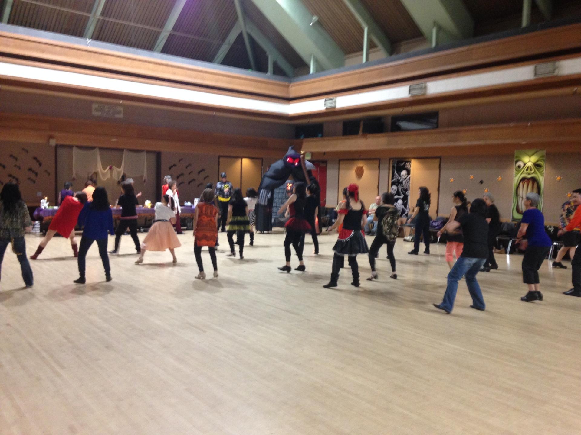 Halloween Dance -40