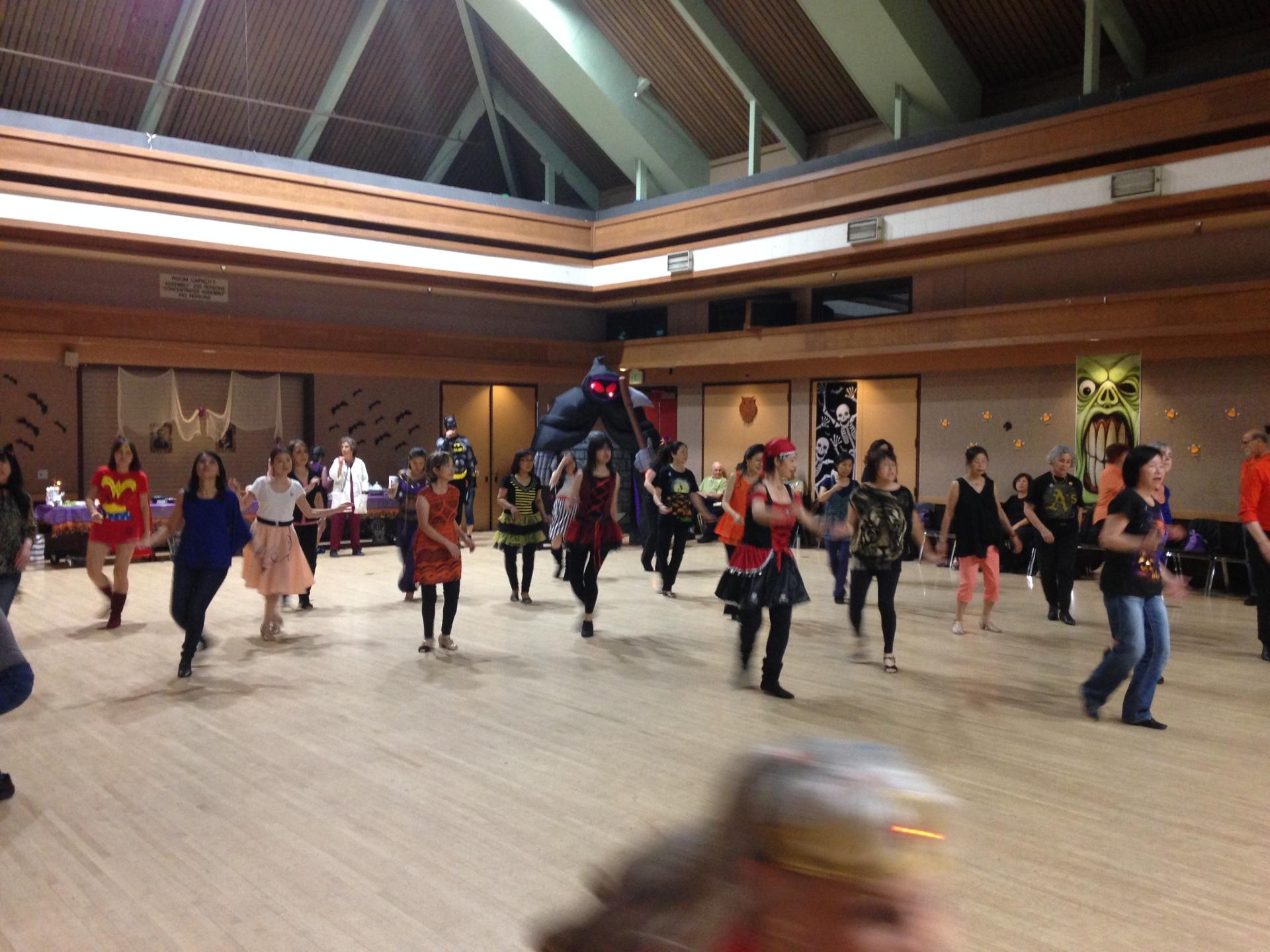 Halloween Dance -43