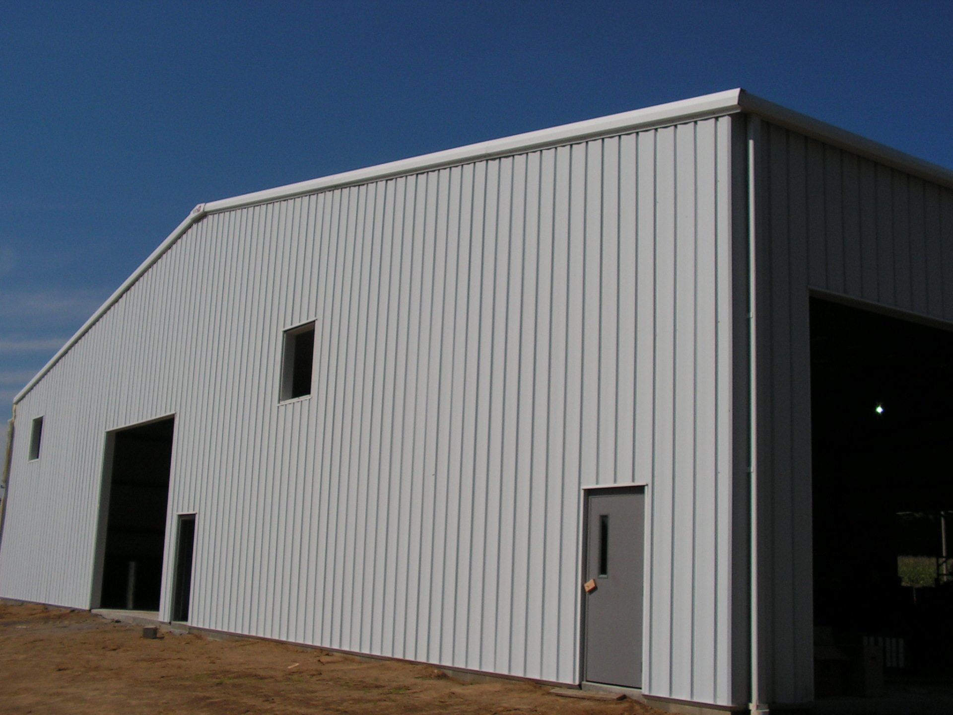 Ohio Steel Construction township maintenance building.  Garage building for truck maintenace with overhead doors walkdoor and windows.